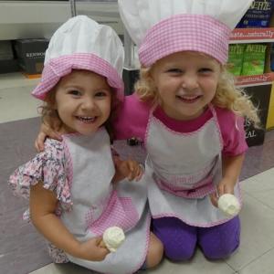 Dave's Ice Cream Girls